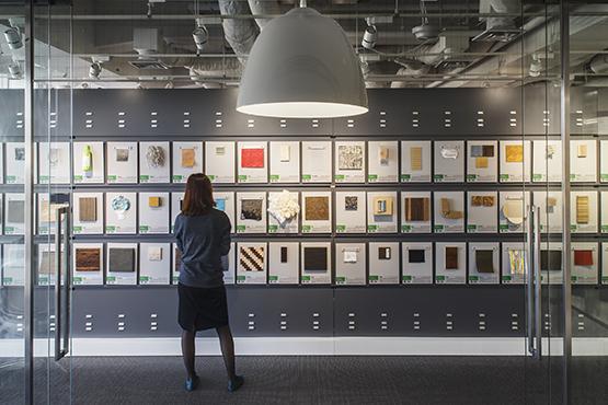 Material ConneXion Tokyo手に触れてこそ素材は想像力を刺激する。