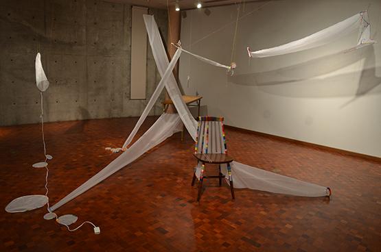 並木文音個展「空白の装い」